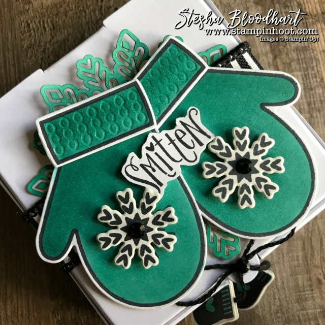 Smitten Mittens Bundle by Stampin' Up! Perfectly Decorates a Mini Pizza Box for my 3-D Thursday Blog Feature. Details at Stampin' Hoot! Stesha Bloodhart #smittenmittens #minipizzabox #smitten #3dthursday #winter #papercrafts #giftpackaging